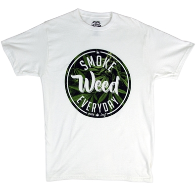 Smoke Weed Everyday Men's T-Shirt by SevenLeaf.com
